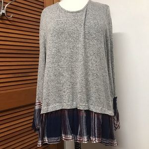 Style & Co Long Sleeve Grey and Plaid Tunic
